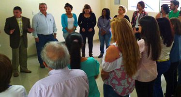 "Taller de Programación Neurolingüística, como Herramienta de Comunicación en el Salón de Conferencias ""Casa Luz"" en San Cristóbal"